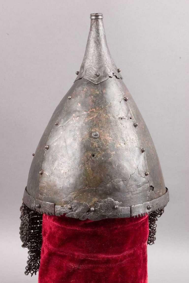 Картинка шлема богатыря для детей