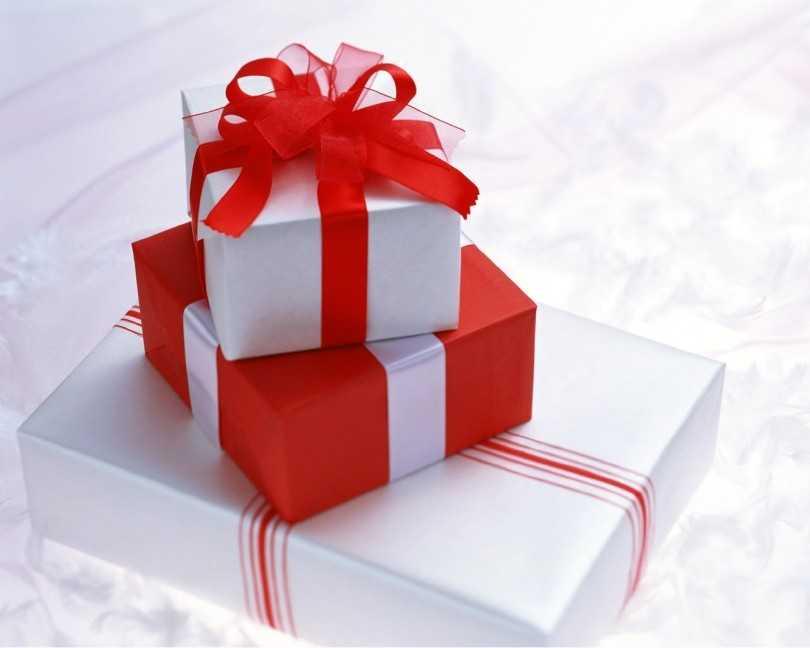 картинки про подарок на день рождения